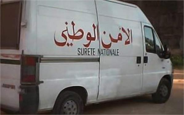 Un officier de police travaillant à la Wilaya de Beni Mellal a tenté hier Samedi de se suicider en buvant l'eau de Javel.